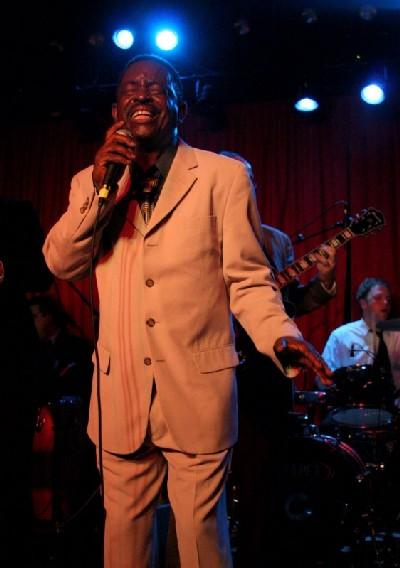 The Dynamites feat Charles Walker en tournée