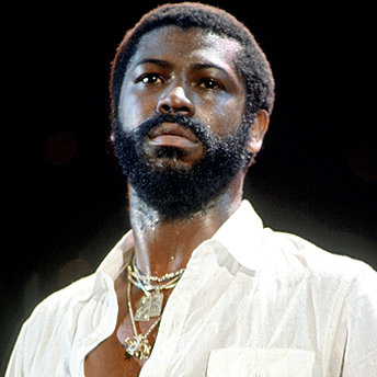 "Teddy Pendergrass : ""Don't Leave Me This Way"""