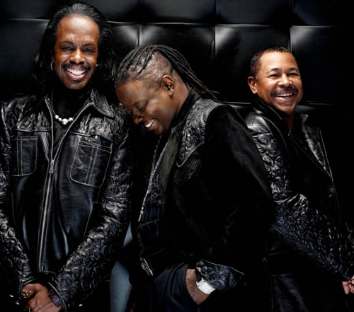Philip Bailey, Verdine white & Ralph Johnson (Earth, Wind &Fire) en concert en France  8 juillet - Paris / Zénith