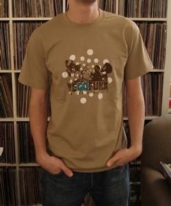 Amis graphistes, nous avons besoin de vos talents pour nos tee-shirts
