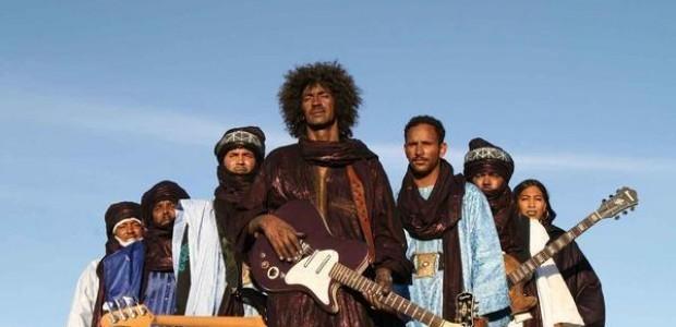 Tinariwen et Flea en live