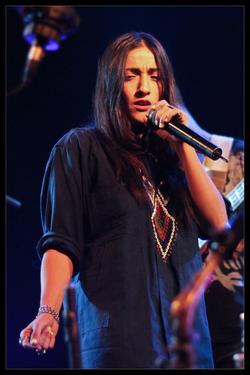 Robert Glasper Experiment feat. Bilal & Hindi Zahra - Live au Trianon, Paris