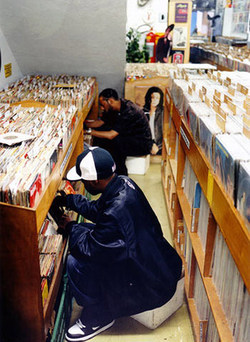 La vente d'un stock de disques de J Dilla reportée